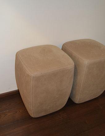 RIVA_Betty-Pouf-Hocker-€-56000