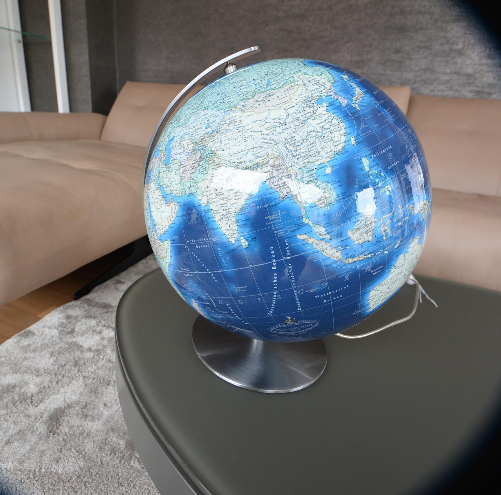 blauer Globus_PS